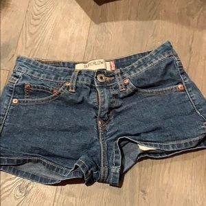 Dark wash mid thigh jean shorts